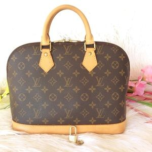 💯%authentic Louis Vuitton alma Pm monogram
